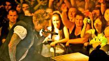 Papa Roach popáté v Česku: v Lucerna Music Baru zněly i nejstarší hity