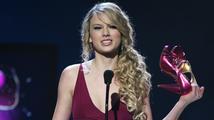 """Taylor Swift: """"Už osmnáct měsíců jsem neměla žádné rande"""""""