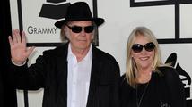 Neil Young se rozvádí