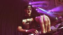 Plná Lucerna, na pódiu domácí rapperská smetánka: DJ Wich slavil 15 let na scéně