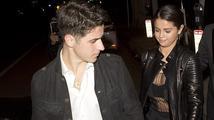 Selena Gomez provokuje Justina Biebera