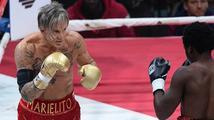 Mickey Rourke opět boxuje