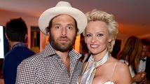 Rick Salomon: 'Pamela Anderson je sériová vražedkyně dětí'