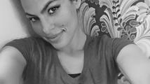 Eva Mendes zveřejnila svou první selfie