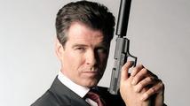 Představitel Jamese Bonda se pokoušel nastoupit do letadla s loveckým nožem