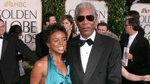 Vnučka Morgana Freemana byla brutálně ubodána. Její vrah z ní prý chtěl vyhnat Ďábla