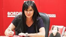 Špatná zpráva: Brenda z Beverly Hills 90210 bojuje s rakovinou prsu