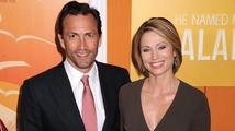 Herec známý ze seriálu Melrose Place byl jen kousíček od rozvodu: Manželskou krizi způsobila rakovina