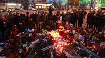 '#PrayForParis.' Katy Perry, Sophia Bush a další celebrity reagují na teroristické útoky v Paříži