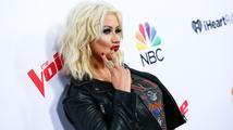 Nezná svou míru? Opilá Christina Aguilera řádila na vánočním večírku