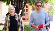 Hollywoodský sympaťák Bradley Cooper zavzpomínal na svého zesnulého otce