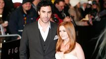 Sacha Baron Cohen a jeho manželka darovali 1 milion USD syrským uprchlíkům