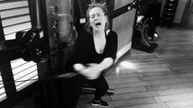 Foto měsíce: Popová hvězda Adele se týrá v posilovně