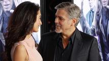 George Clooney popřel spekulace, podle kterých je jeho manželka těhotná