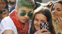 Justin Bieber už nechce pózovat s fanoušky, Azealiu Banks vykopli z Twitteru