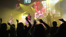 Páteční karaoke s pop rockovou skupinou Chinaski