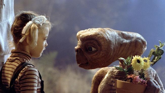 Filmy se skvělou herečkou Drew Barrymore, poznáte je podle fotek?