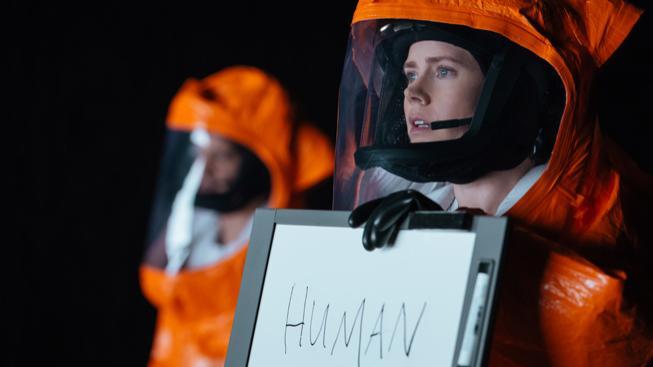 Filmové premiéry: Přistání vesmírných lodí a šokující odhalení Edwarda Snowdena