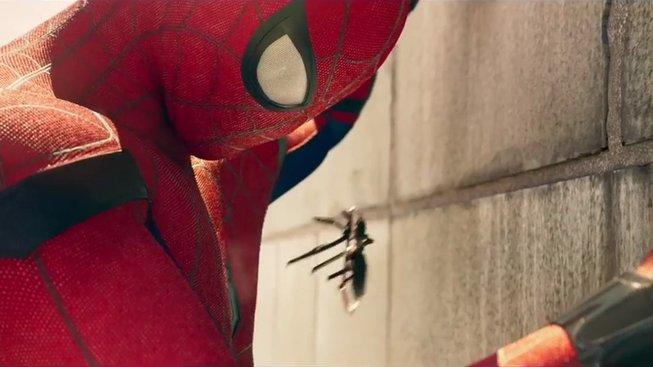 Nový Spider-Man je ve skutečnosti moderní Lolita, říká kritik