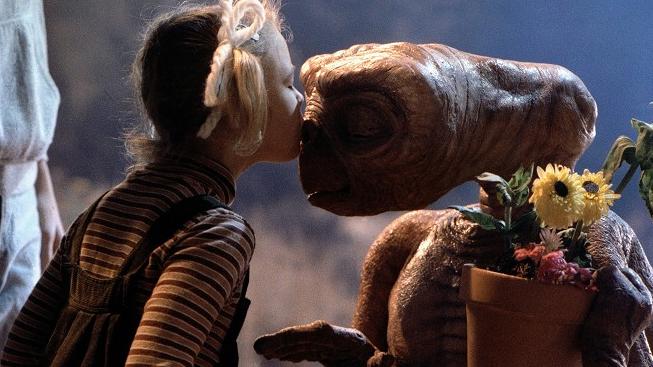 Drew Barrymore - E. T. - Mimozemšťan