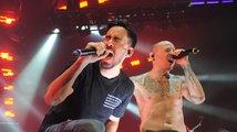 Hudební svět truchlí, zpěvák Linkin Park spáchal sebevraždu