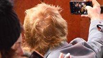 Jak populární zpěvák Ed Sheeran přepsal historii