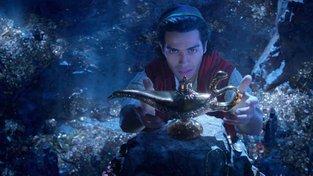 Filmové premiéry: Aladin napumpovaný akcí a příběh masového vraha Teda Bundyho