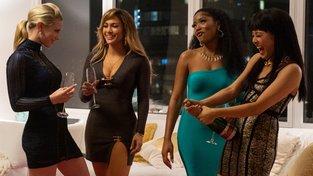 Filmové premiéry: Marhoulovo nabarvené ptáče a striptérky v čele s Jennifer Lopez