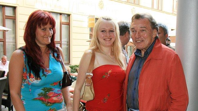 Iveta Kolářová, Lucie Gottová a Karel Gott