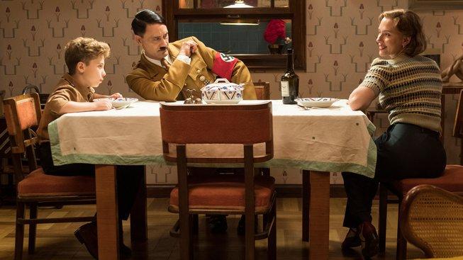 Filmové premiéry: Adolf Hitler jako imaginární přítel a tři podoby lásky