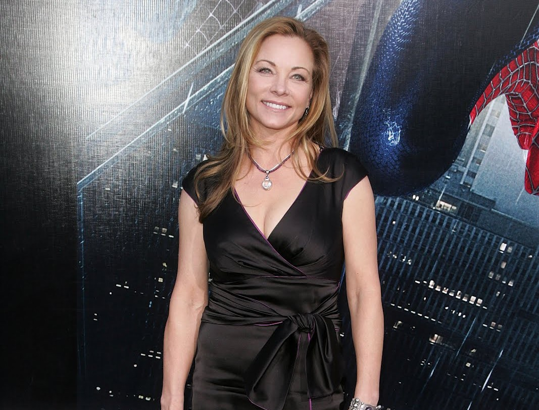 Theresa Russell