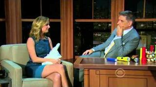 2012.11.09- Emily VanCamp - Interview