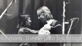# 34 Jaromír Nohavica a Žana Bičevská @ O VLADIMÍRU VYSOCKÉM (Bulat Okudžava)