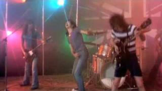 acϟdc- Dog Eat Dog (Bon Scott 1977 HQ) -ɔpϟɔɐ