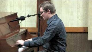Adam Yarian plays Vipers Drag medley by Fats Waller