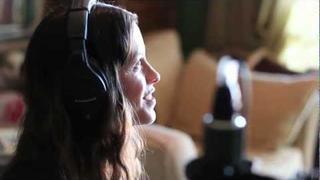 Alanis Morissette Direct: Singing In Church