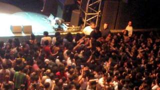 Alex Kapranos - Stage Dive - Fundição Progresso, Rio, March 20, 2010