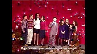 Ali Brustofski, Nick Jonas, Tiffany Giardina & the SOM Kids, 2003 - a little Christmas past:)