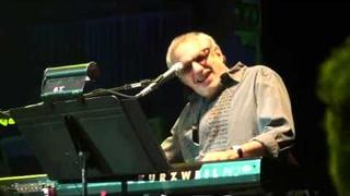 "Allman Brothers & Donald Fagen Beacon Theatre 3/17/11 ""Down Along the Cove"" & ""Shakedown Street"""