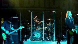 Alter Bridge - Ghost Of Days Gone By, Live in Modena-Italy (Vox Club) 03-12-2010 HD
