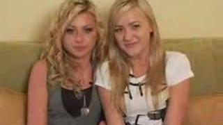 Aly & AJ on Stardoll Part 2 outtakes [HQ]
