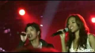 Amerie & Wang Lee Hom -I Believe I Can Fly (live)