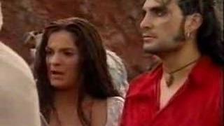 Amor Gitano: El primero beso de Renzo y Adriana (Luna)