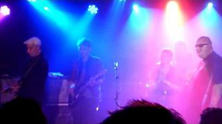 Amphetameanies (feat. Alex Kapranos) - Last Night - Bowlie 2
