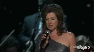 "Amy Grant - ""Breath of Heaven"" ((CMA Country Christmas 2011))"