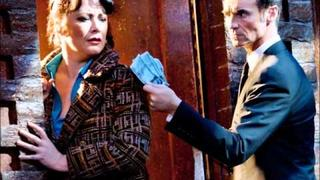 Amy Robbins, Marti Pellow, Vivienne Carlyle - Blood Brothers - Shoes Upon The Table