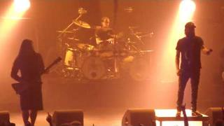 Anders Friden's drunk talk & In Flames playing Trigger