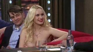 Angel Wicky v Show Jana Krauze