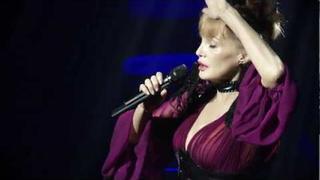 Arielle Dombasle - Concert au Châtelet