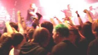 Atreyu ~ Brandon Saller In the Mosh Pit Glasgow 2008